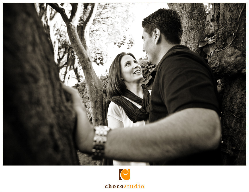 Jen and Ignacio's engagement session photo