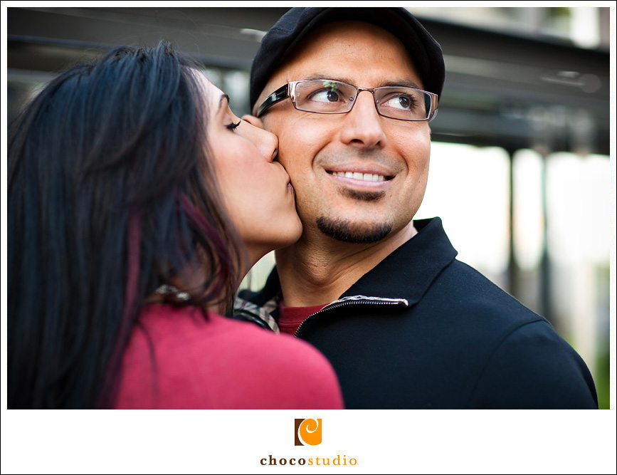 A close up of an engagement couple in San Francisco