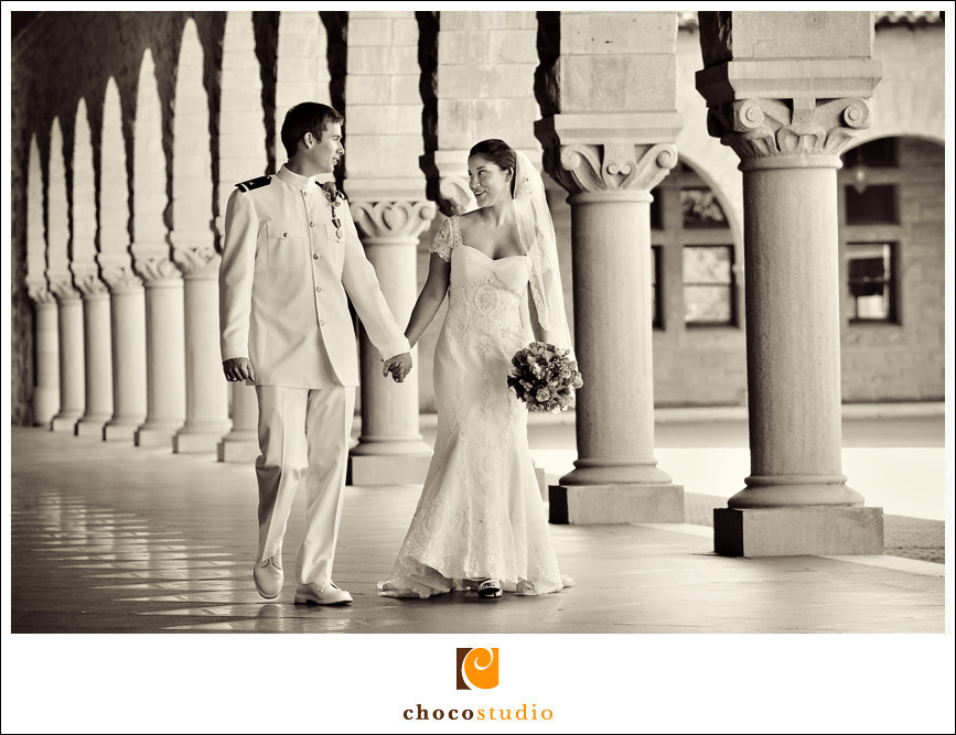 Portrait of a bride and groom on Stanford Campus