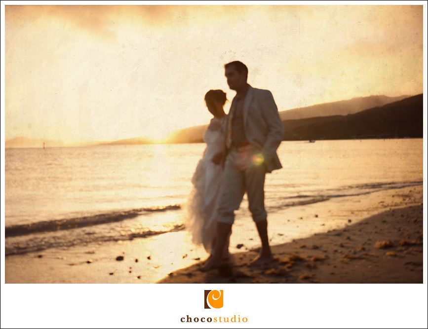 Creative Bride and Groom Photo on the Beach