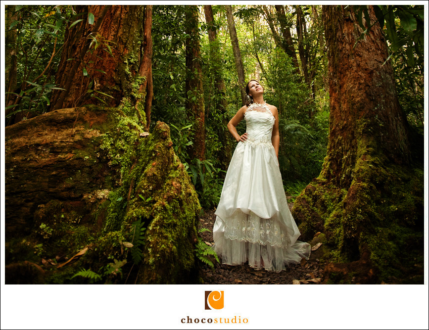Bride in the Jungle in Hawaii