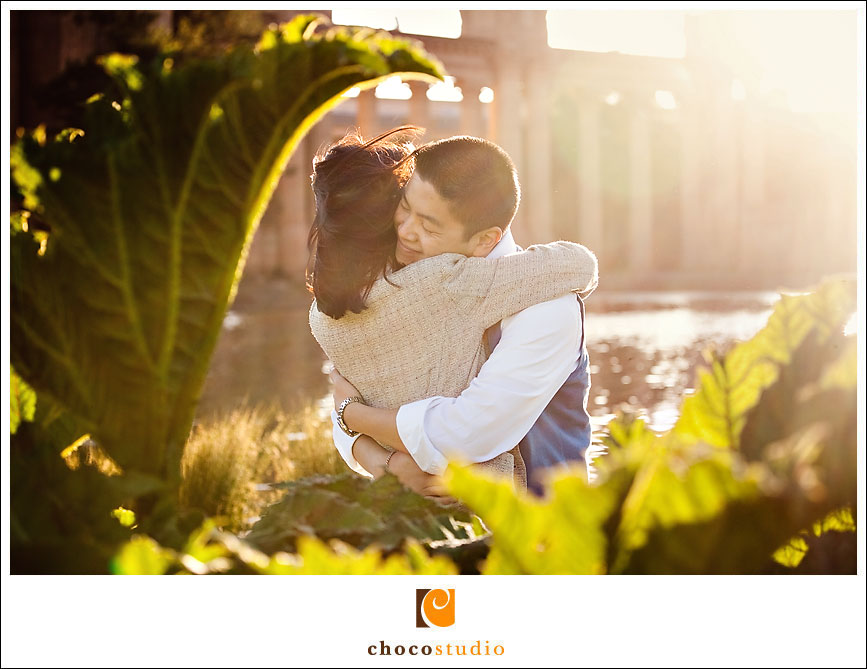 Palace_of_Fine_Arts_Engagement_Photos_01