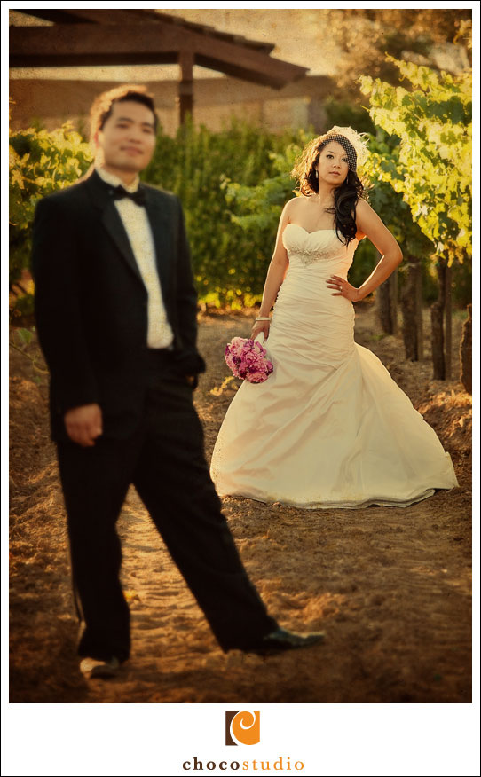 Frances and Mark on wedding day at Guglielmo Winery