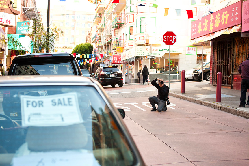 San Francisco wedding photographer on the streets of Chinatown