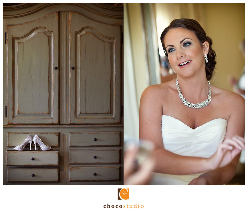 Bride getting readu in Bridal Suite of Clos LaChance
