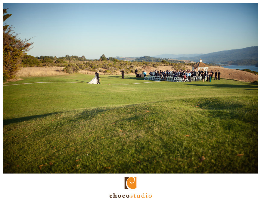 Bride walking down the isle at Crystal Springs Golf Course wedding