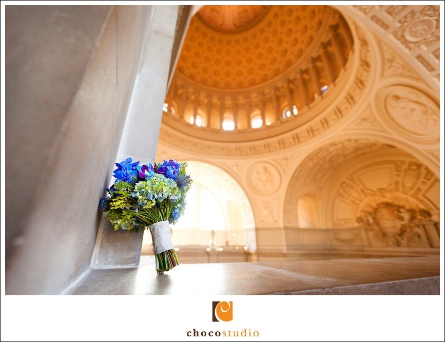 Wedding flowers in SF City Hall