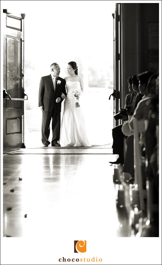 Bride walking down the aisle with her dad at Ruby Hill Golf Club wedding